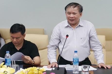 Thứ trưởng Bộ GD&ĐT Bùi Văn Ga nhấn mạnh phải tăng cường nhân lực y tế, đảm bảo sức khỏe thí sinh trong suốt kỳ thi. Ảnh: T.T.