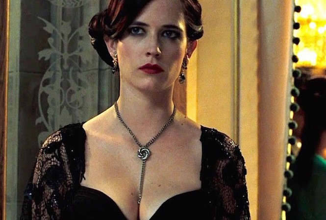 Eva Green đầy quyến rũ trong phim mới của phù thuỷ Tim Burton