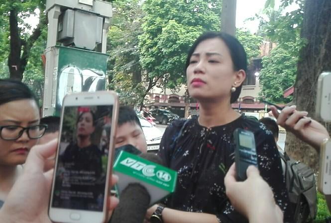 Vợ NSƯT Xuân Bắc hé lộ một số thông tin trong cuộc họp cả ngày 13/9 với Ban giám hiệu
