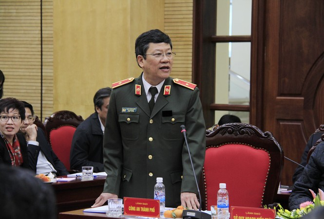 Thiếu tướng Bạch Thành Định cho rằng không nên bỏ loa phường. Ảnh: Trường Phong