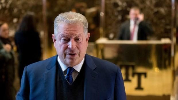 Cựu Phó Tổng thống Mỹ Al Gore sau cuộc gặp với ông Trump. (Nguồn: AP)