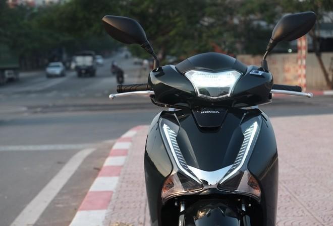 [Đánh giá] Honda SH: 'Hoàng tử' văn võ song toàn