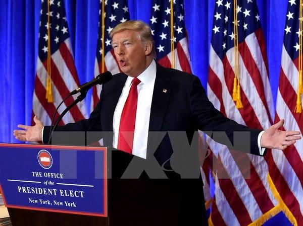 Tổng thống đắc cử Mỹ Donald Trump phát biểu trong cuộc họp báo ở New York ngày 11/1 vừa qua. (Ảnh: AFP/TTXVN)