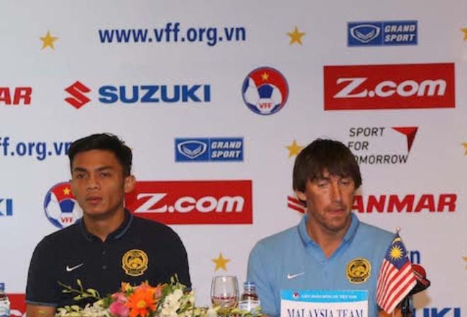 """Tôi nghĩ đội hình hiện tại của U22 Malaysia đủ mạnh để so tài U22 Việt Nam"""",  HLV Frank Bernhardt nói."""