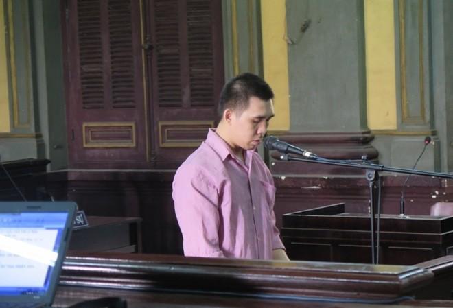 Phùng Huệ Nhơn tại phiên tòa ngày 20/2. Ảnh: Tân Châu