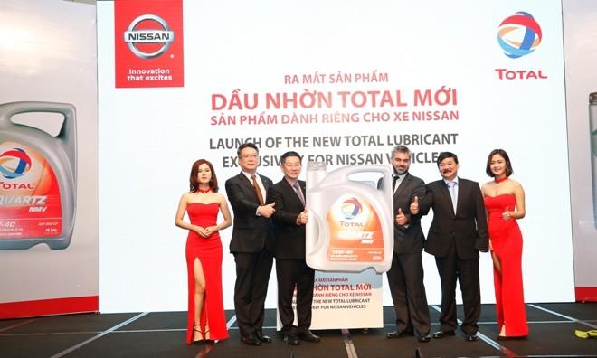 Ra mắt dầu nhớt Total riêng cho xe Nissan