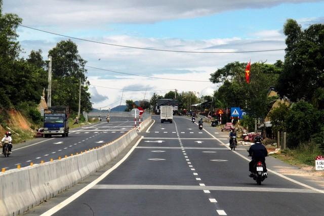 Quốc lộ 1 đoạn qua Phú Yên.