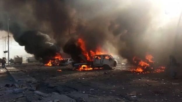 Hình ảnh được cho là hiện trường vụ không kích vào thị trấn Al-Qaim.