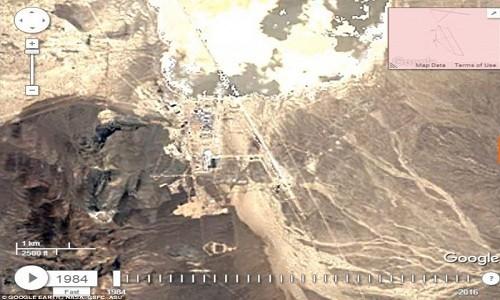 Khu vực 51 trong ảnh chụp năm 1984 của Google Earth. Ảnh: Google.
