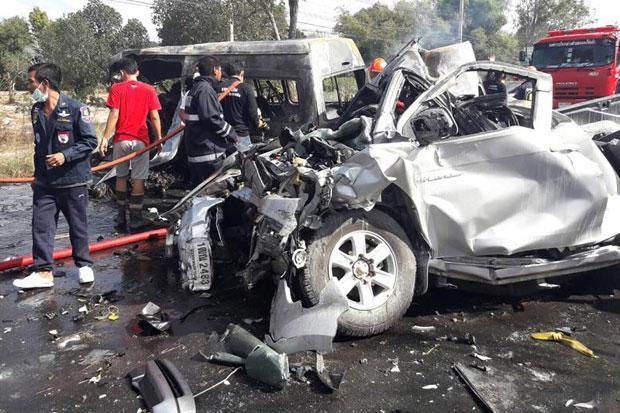 Hiện trường vụ tai nạn thảm khốc ở tỉnh Chon Buri. Ảnh: EPA