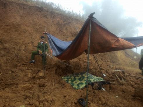 Hiện trường vụ lở đất khiến 3 người thiệt mạng.
