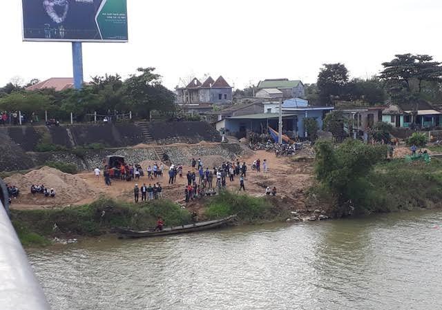 Khu vực tìm thấy thi thể thầy Hóa trên sông Thạch Hãn. Ảnh do cơ quan công an cung cấp