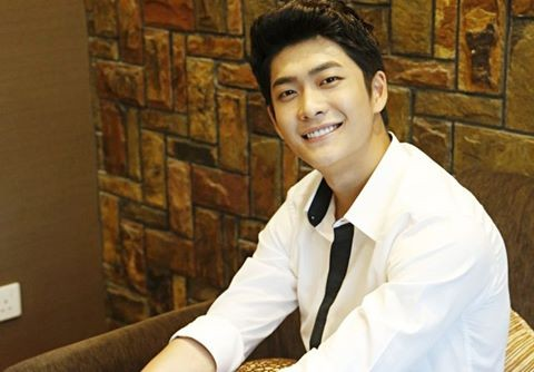 Nam diễn viên Kang Tae Oh.