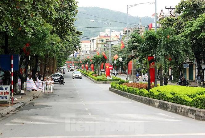Thành phố Cẩm Phả sẽ thực hiện thí điểm dừng đỗ xe ô tô.