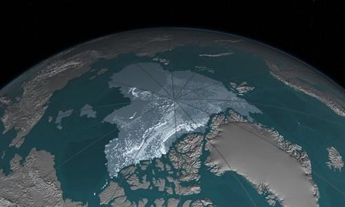Diện tích băng trên biển Bắc Cực giảm từ 1.860.000 km2 vào tháng 9/1984 xuống còn 110.000 km2 vào tháng 9/2016. Ảnh: NASA.