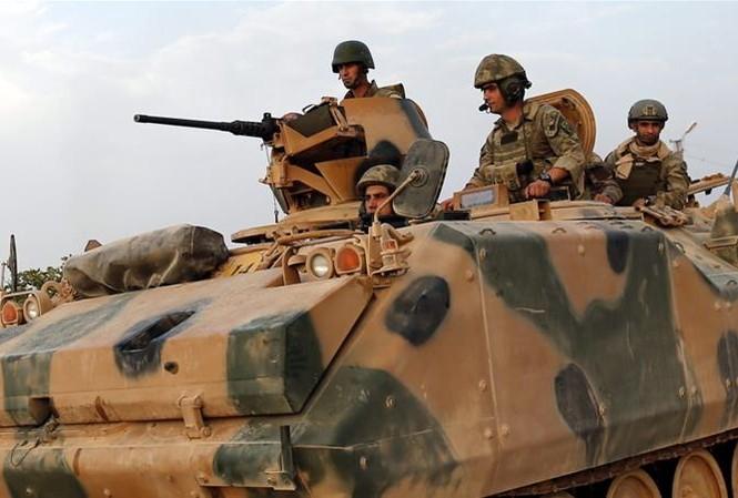 Lực lượng Thổ Nhĩ Kỳ tiến hành cuộc tập trận đầu tiên tại căn cứ quân sự Tariq bin Ziyad vào Chủ Nhật (18/6). Ảnh: EPA