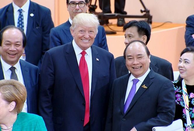 Thủ tướng Nguyễn Xuân Phúc gặp Tổng thống Mỹ