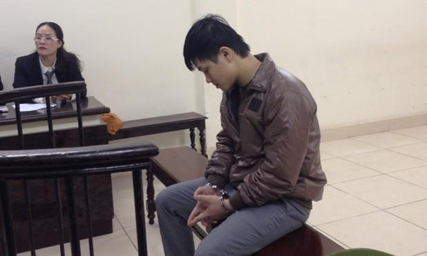 Nguyễn Anh Tú tại tòa.