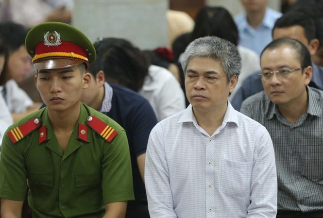 """Tử hình Nguyễn Xuân Sơn sẽ """"giải thoát"""" cho các đối tượng nhận tiền""""?"""