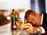 """Tâm sự đau khổ của người nghiện rượu: """" Xin đừng vứt bỏ chúng tôi"""""""