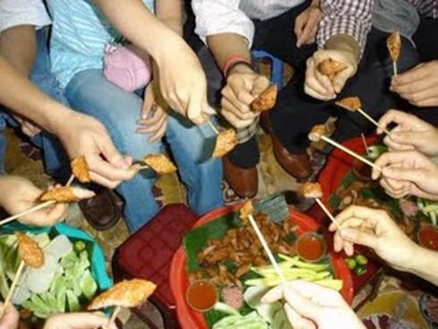 Những ngõ phố ẩm thực nổi tiếng Hà thành - ảnh 10
