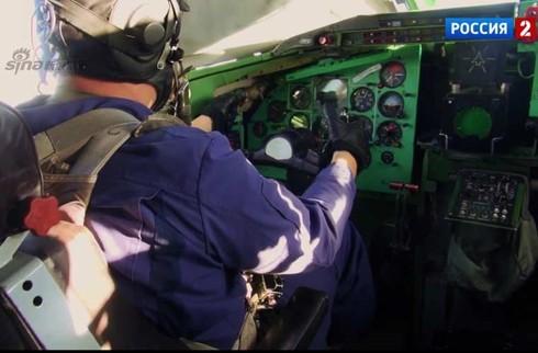 Tận thấy máy bay ném bom Tu-95 Nga tung hoành trên không - ảnh 13