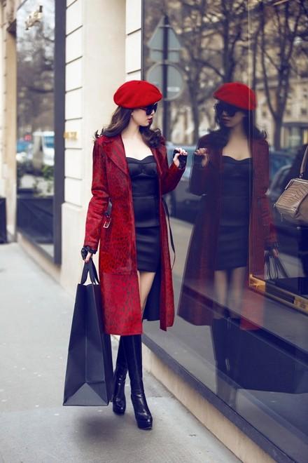 Ngọc Trinh diện áo 200 triệu đồng dạo chơi Paris - ảnh 6