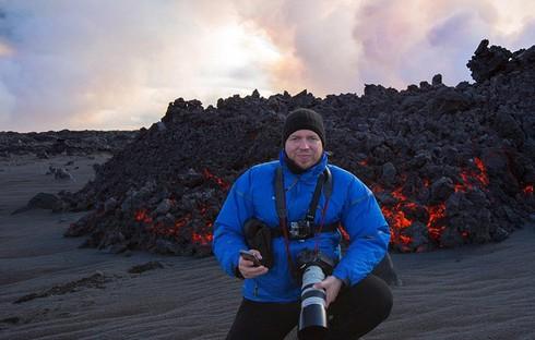 Cận cảnh vẻ đẹp chết chóc của núi lửa thức giấc ở Iceland - ảnh 4