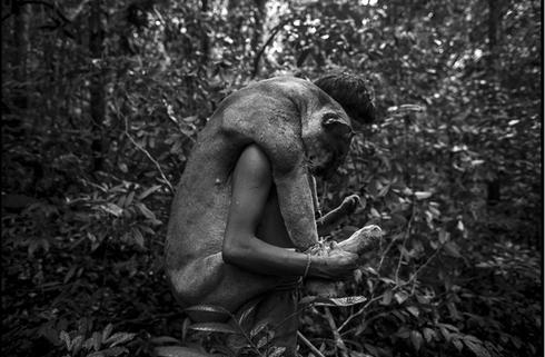 Cuộc sống hoang dại của bộ lạc ít người nhất hành tinh - ảnh 8