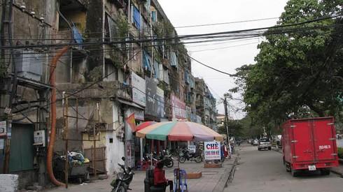 Cận cảnh chung cư 'ổ chuột' ở trung tâm Hạ Long - ảnh 1