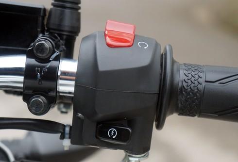 Trải nghiệm xế nổ thể thao Yamaha FZ150i - ảnh 20