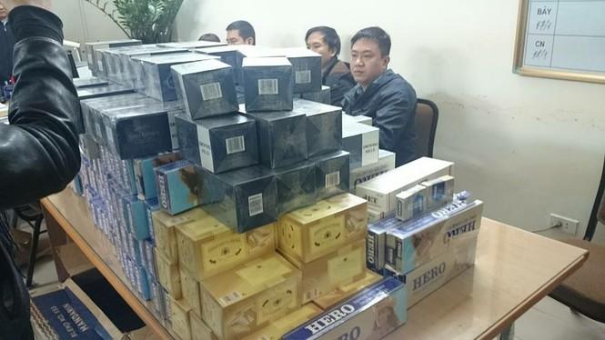 Phá đường dây vận chuyển thuốc lá lậu từ Quảng Trị ra Hà Nội - ảnh 1