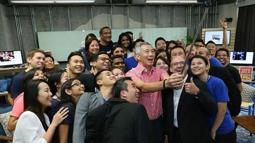 Thủ tướng Singapore 'trả lời chất vấn' người dân qua Facebook - ảnh 4