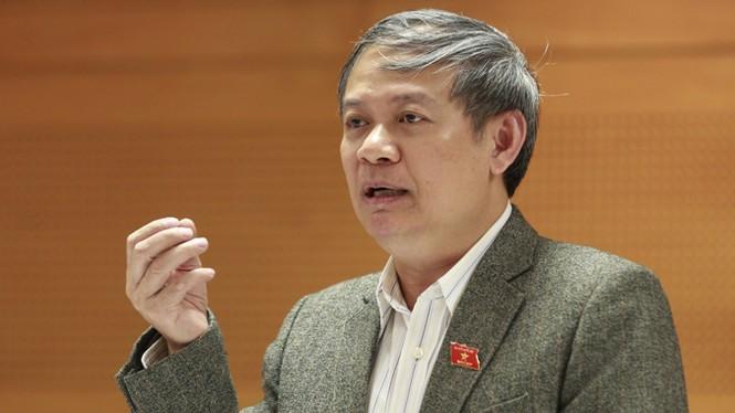 TS Đinh Xuân Thảo lên tiếng chuyện 'đi nước ngoài... xây thông tư' - ảnh 1
