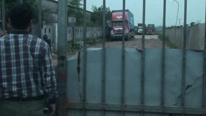 Đột nhập bãi rút ruột xe bồn ở Hải Dương - ảnh 1
