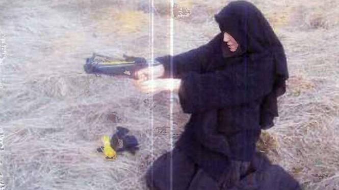 Người đàn bà bị truy nã gắt gao nhất nước Pháp - ảnh 1
