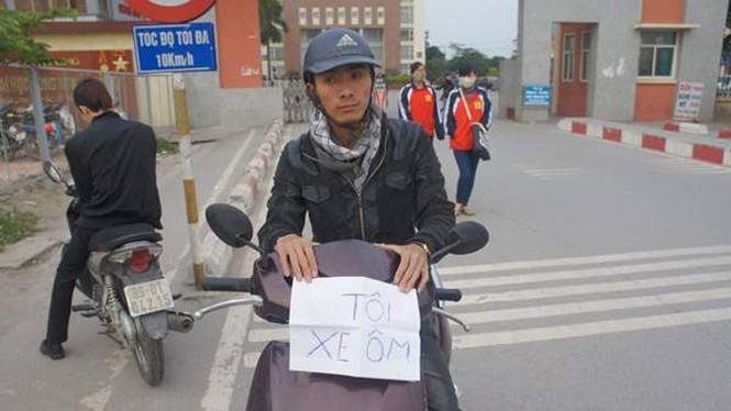Chàng trai ung thư viết báo, chạy xe ôm giúp người nghèo - ảnh 1