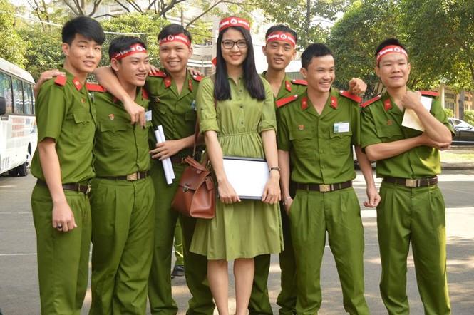 [ẢNH] Học viên Đại học Cảnh sát Nhân dân hiến máu Chủ nhật Đỏ - ảnh 8