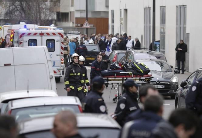 Lãnh đạo thế giới đồng loạt lên án vụ xả súng chấn động Pháp  - ảnh 1