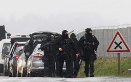 [CẬN CẢNH] Đặc nhiệm Pháp săn lùng kẻ thảm sát tòa báo ở Paris - ảnh 4