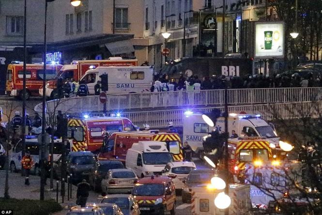 Cận cảnh cuộc giải cứu con tin nghẹt thở ở Pháp - ảnh 19