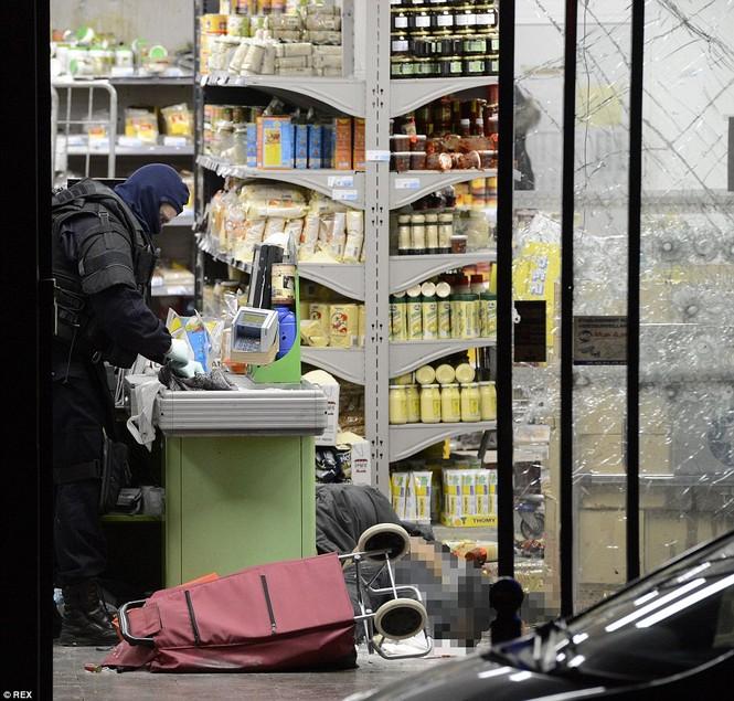 Cận cảnh cuộc giải cứu con tin nghẹt thở ở Pháp - ảnh 6