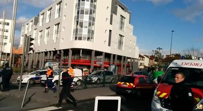 [ẢNH] Cảnh sát Pháp bao vây bưu điện, giải cứu con tin - ảnh 6