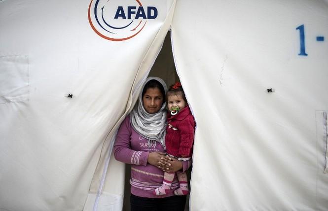 [ẢNH] Cuộc sống người Kurd trong trại tị nạn ở Thổ Nhĩ Kỳ - ảnh 1