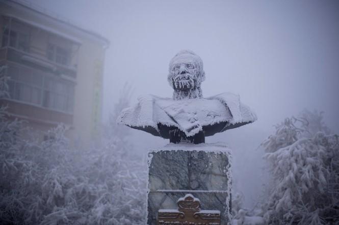 Thăm thú ngôi làng lạnh nhất thế giới đón năm mới - ảnh 7