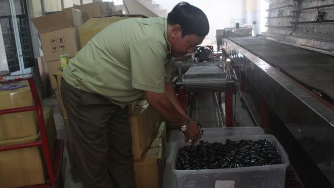 Sản xuất bánh kẹo nhái bằng nguyên liệu không nguồn gốc - ảnh 1