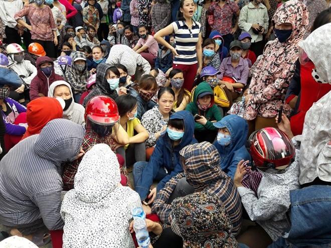 Hơn 3.000 công nhân Nghệ An lại đình công đòi quyền lợi - ảnh 1