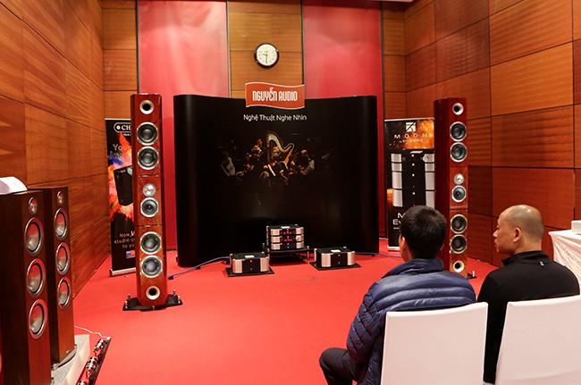 Khai mạc triển lãm thiết bị nghe nhìn Avshow Hà Nội - ảnh 8