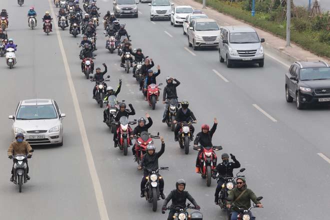 Diễu hành motor trước liveshow tưởng nhớ Trần Lập - ảnh 12