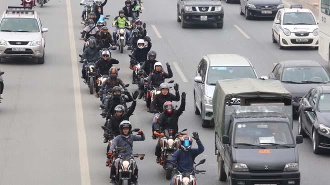Diễu hành motor trước liveshow tưởng nhớ Trần Lập - ảnh 10